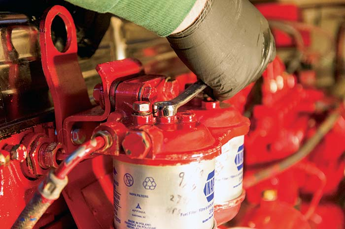 changing diesel fuel filter